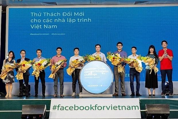 Lanzan en Hanoi programa de desafio de innovacion para programadores jovenes hinh anh 1