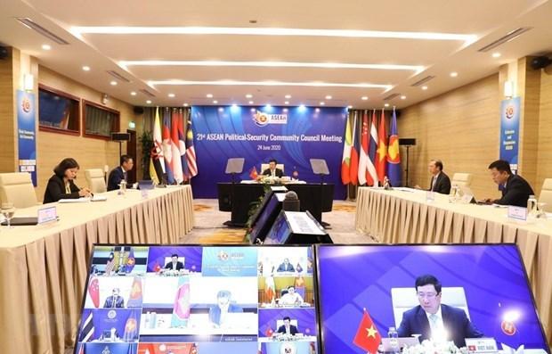 Experto ruso destaca papel de Vietnam en mantenimiento de paz en el Sudeste Asiatico hinh anh 1