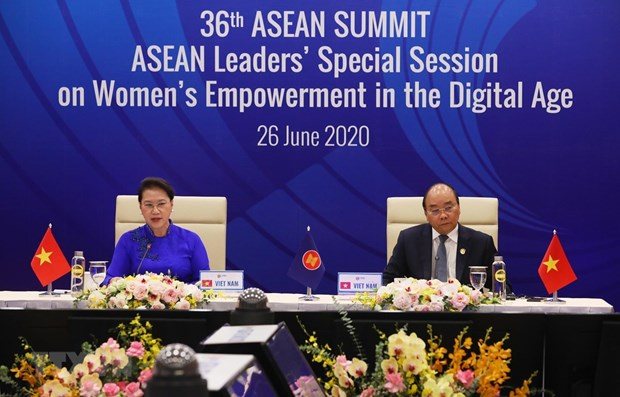 ASEAN por promover empoderamiento femenino en era digital hinh anh 1