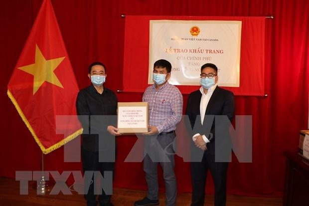 Vietnam dona 50 mil mascarillas a viet kieu en Canada hinh anh 1