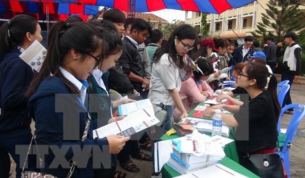 Consultas de educacion vocacional para jovenes en Can Tho hinh anh 1