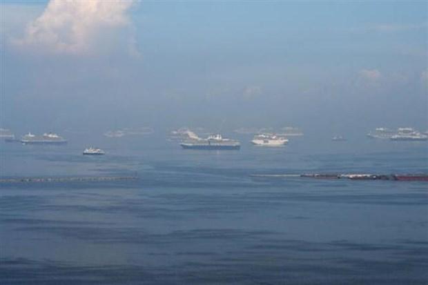 Reportan 12 pescadores filipinos desaparecidos tras colision en alta mar hinh anh 1