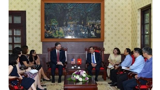 Vietnam y Estados Unidos buscan ampliar cooperacion con la prensa hinh anh 1