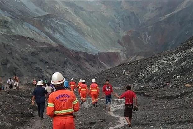 Ascienden a 113 los muertos en derrumbe de mina de jade en Myanmar hinh anh 1