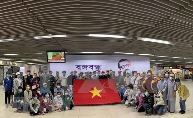Repatrian a ciudadanos vietnamita desde Sur de Asia a causa del COVID-19 hinh anh 1