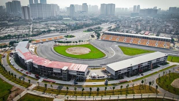 Otorgan certificados de automovilismo para 32 pilotos de carreras de Vietnam hinh anh 1