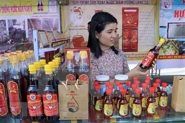 Declaran como Patrimonio Intangible Nacional la salsa de pescado Nam O hinh anh 1