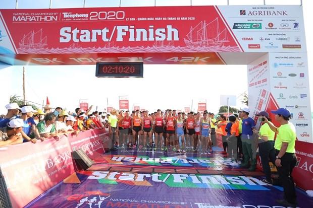 Se celebra Maraton Nacional en isla geoestrategica de Vietnam hinh anh 1