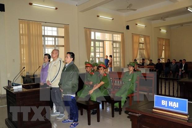 Condenan a tres individuos con intencion de derrocar la administracion popular en Vietnam hinh anh 1