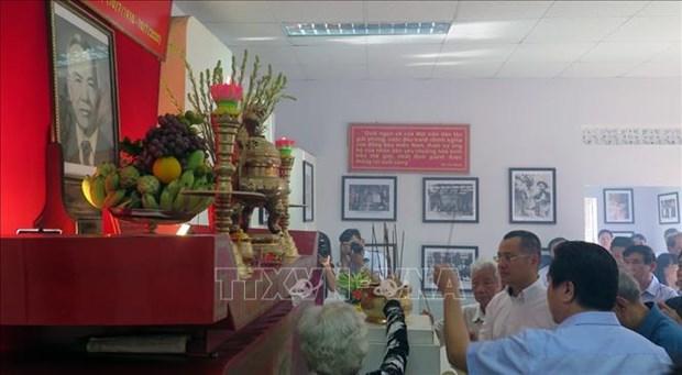 Conmemoran en Vietnam natalicio de extinto dirigente hinh anh 1