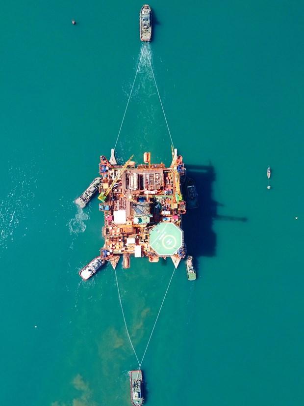 Compania de industria naval Dung Quat supera la pandemia de COVID-19 hinh anh 1