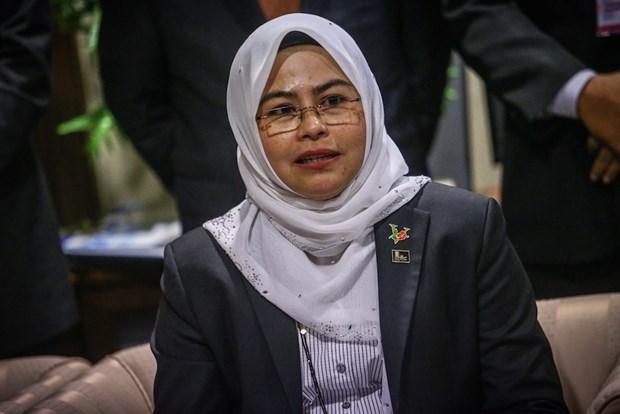 Malasia anuncia plan de reabrir universidades en octubre hinh anh 1