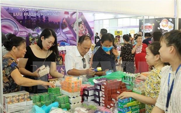 Inauguran en Hanoi exposicion de mejores productos tailandeses hinh anh 1
