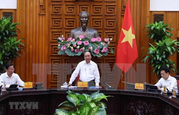 Premier de Vietnam urge a la provincia de Ben Tre a mejorar entorno de inversion hinh anh 1