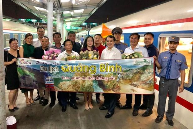 Tren charter, nuevo producto turistico de la provincia vietnamita de Quang Binh hinh anh 1