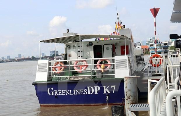 Ciudad Ho Chi Minh opera primera ruta turistica de transporte fluvial hinh anh 1