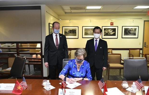 Estados Unidos concede importancia a las relaciones con Vietnam hinh anh 1