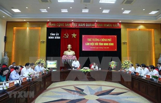Primer ministro de Vietnam supervisa desembolso de capital publico en Ninh Binh hinh anh 1