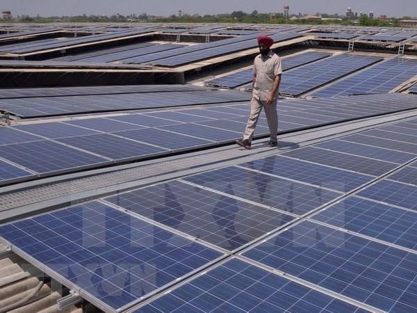 Potencial de explotacion de energia renovable de Indonesia alcanza 442,4 GW hinh anh 1