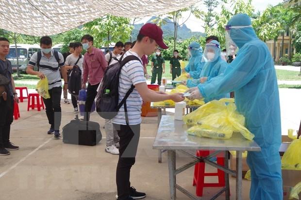 Vietnam cierra sabado sin caso nuevo del COVID-19 hinh anh 1