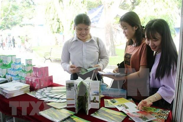 Dia de turismo en Ciudad Ho Chi Minh atrae 200 mil visitantes y transacciones hinh anh 1