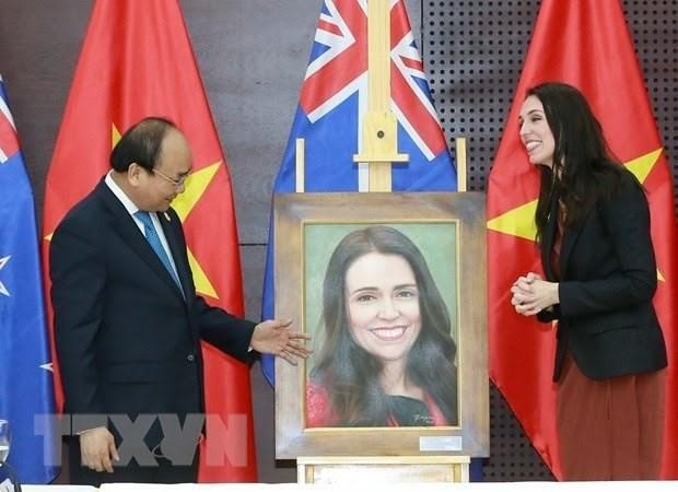 Elevan relaciones Vietnam-Nueva Zelanda a nuevo nivel hinh anh 1