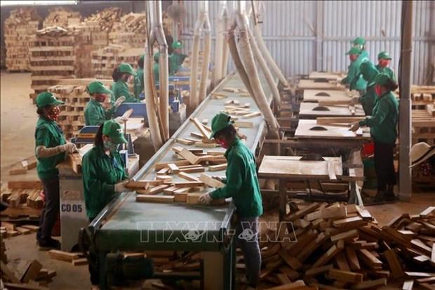 Cerca de la mitad de empresas vietnamitas confian en mejoramiento de los negocios hinh anh 1