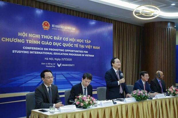 Abren oportunidades de estudio con estandar internacional en Vietnam en periodo de COVID-19 hinh anh 1