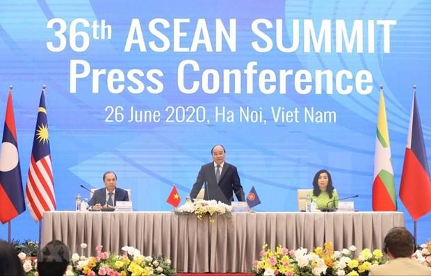 Vietnam, miembro activo en la construccion de la Comunidad de ASEAN hinh anh 1