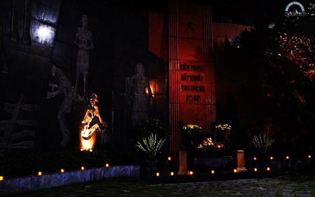 Efectuan en Hanoi programa artistico en homenaje a los martires vietnamitas hinh anh 1