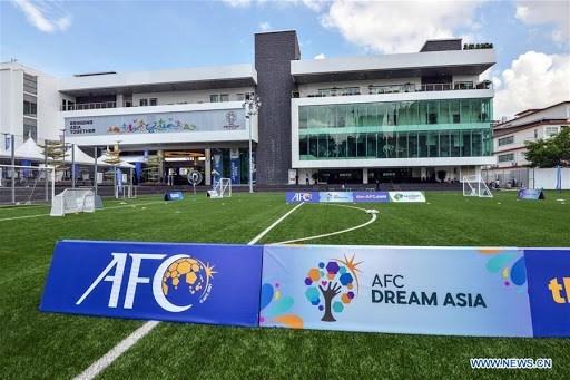 Buscan soluciones para reanudar el futbol asiatico hinh anh 1