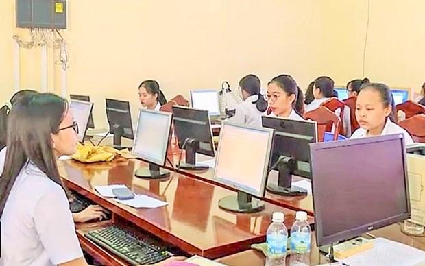 Impartiran curso gratuito de uso de Internet para alumnos vietnamitas hinh anh 1