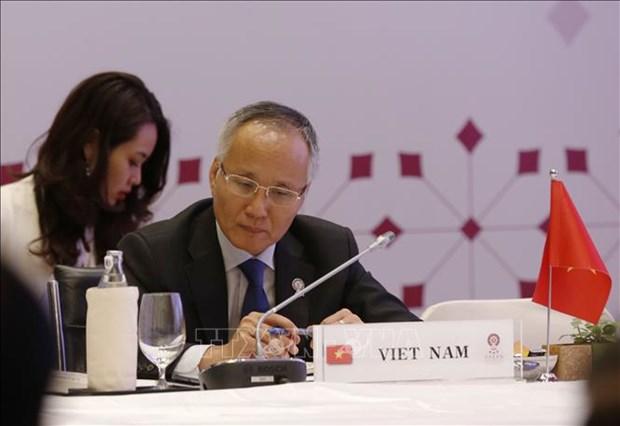 Llama Vietnam a fortalecer cooperacion en recuperacion de economia regional post-COVID-19 hinh anh 1