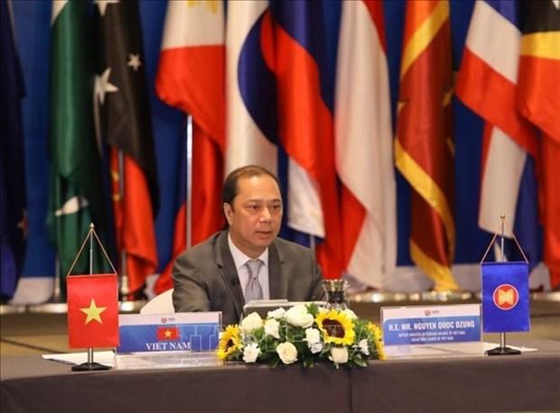 ASEAN sigue siendo una de las prioridades en la politica exterior de Vietnam hinh anh 1