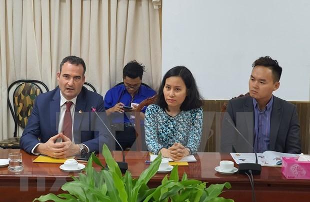 Buscan empresas canadienses oportunidades de cooperacion en ciudad vietnamita hinh anh 1