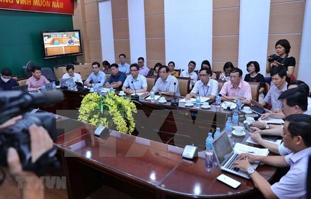 Instan al sistema hospitalario de Vietnam a incrementar la vigilancia ante el COVID-19 hinh anh 1