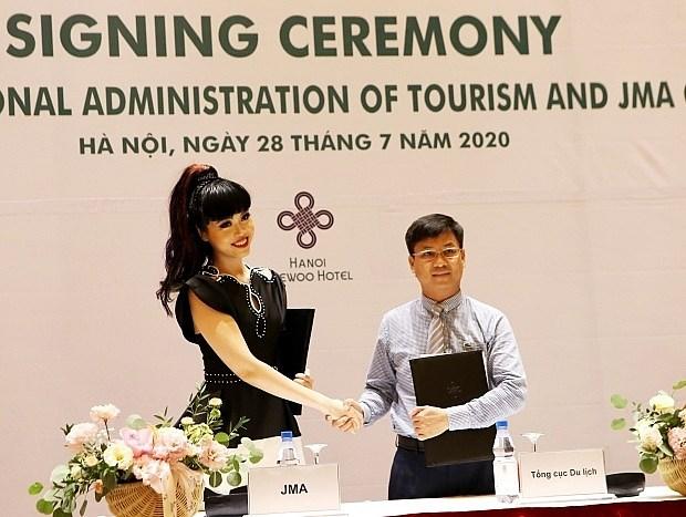 Supermodelo internacional producira programa televisivo para promover el turismo en Vietnam hinh anh 1