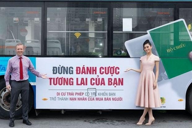 Miss vietnamitas responden al Dia Nacional contra la Trata de Personas hinh anh 1
