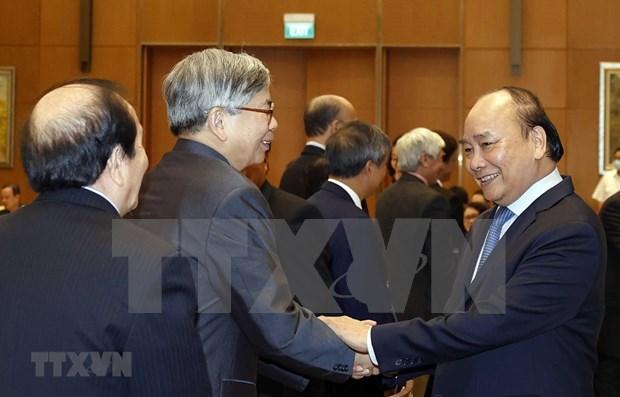 Vietnam crea condiciones para el desarrollo de los intelectuales, cientificos y artistas, dice Premier hinh anh 1