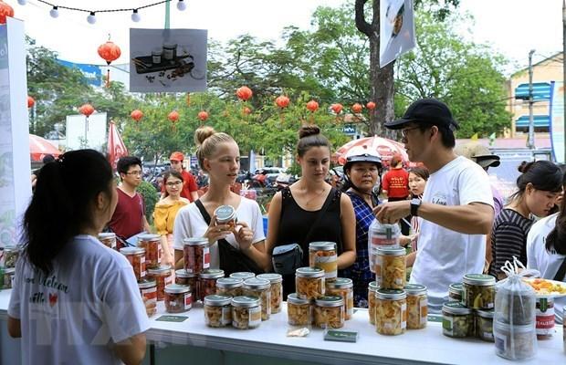 COVID -19: Ajustan fecha de celebracion del Festival Hue hinh anh 1
