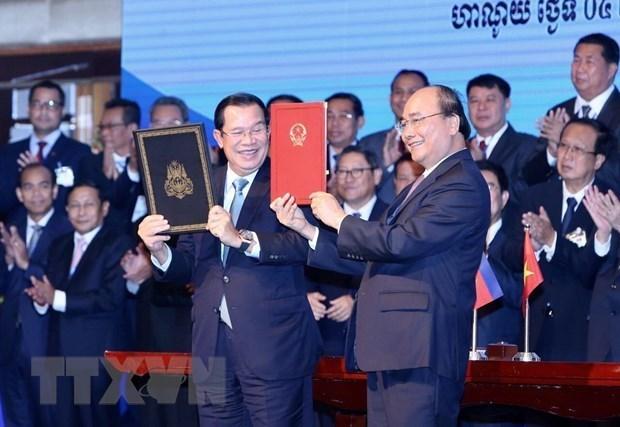 Intercambian Vietnam y Camboya mapas topograficos fronterizos hinh anh 1