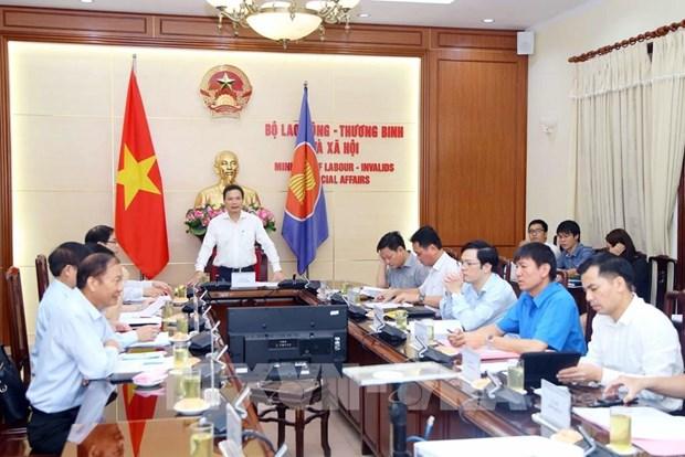 Proponen en Vietnam mantener el salario minimo regional trazado para 2021 hinh anh 1