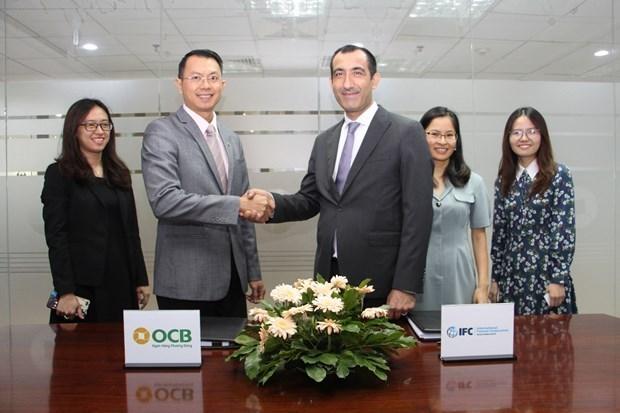 IFC y banco vietnamita brindan apoyo a empresas afectadas por el COVID-19 hinh anh 1