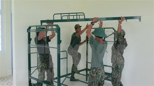 Soldados en la primera linea de combate contra el COVID-19 en Vietnam hinh anh 1
