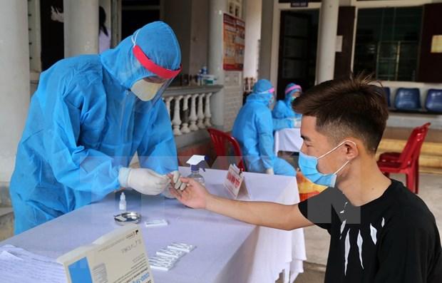 Confirman dos nuevos casos del COVID-19 en Vietnam hinh anh 1