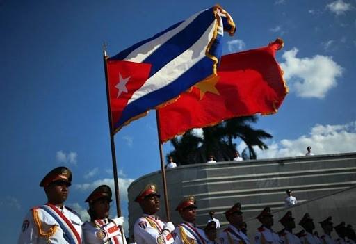 Premier de Vietnam ratifica plan sobre observancia del Acuerdo Comercial con Cuba hinh anh 1