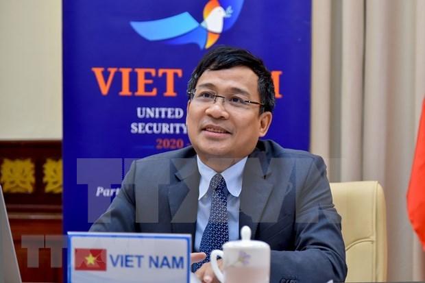 Vicecanciller vietnamita pide asistencia internacional a paises en desarrollo en lucha contra el terrorismo hinh anh 1