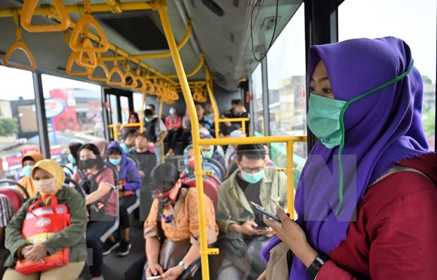 Indonesia anuncia asistencia en efectivo a 13,8 millones de trabajadores hinh anh 1