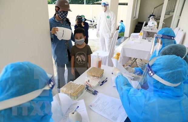 Alertan riesgo de contagio de COVID-19 en comunidad en Hanoi hinh anh 1