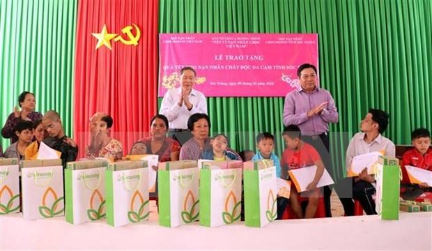 Mas apoyo a las victimas de Agente Naranja en provincia vietnamita hinh anh 1